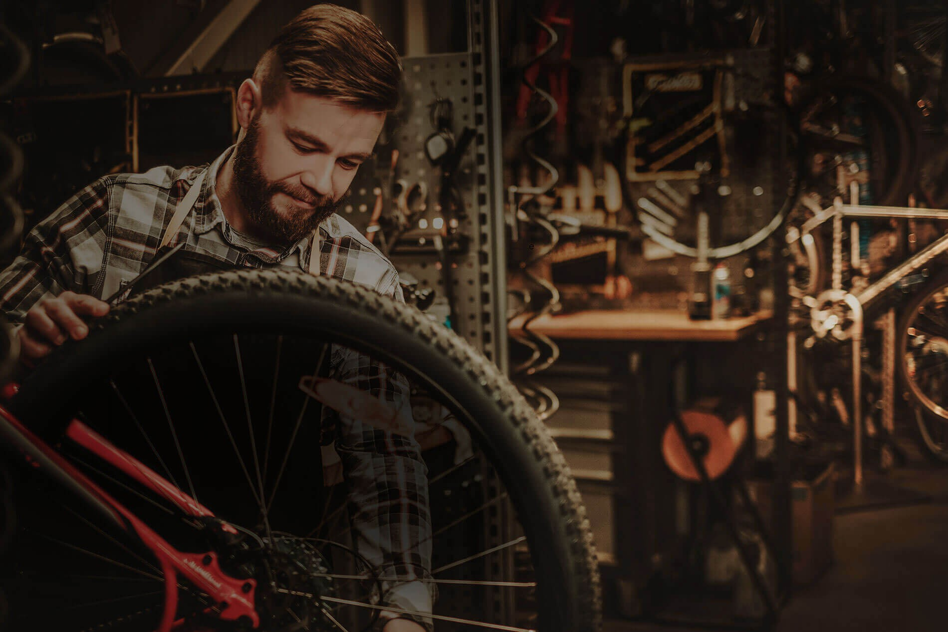 THE IDEAL TOOL TO PREPARE AND REPAIR YOUR BIKES